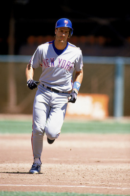 1989: Kevin Elster of the New York Mets runs the bases during a game in the 1989 season. (Photo by: Otto Greule Jr/Getty Images)