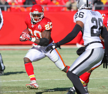 KANSAS CITY, MO - JANUARY 02:  Running back Thomas Jones #25 of the Kansas City Chiefs runs down field in a game against the Oakland Raiders at Arrowhead Stadium on January 2, 2011 in Kansas City, Missouri.  (Photo by Tim Umphrey/Getty Images)