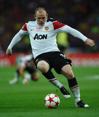 LONDON, ENGLAND - MAY 28:  Wayne Rooney of Manchester United  in action during the UEFA Champions League final between FC Barcelona and Manchester United FC at Wembley Stadium on May 28, 2011 in London, England.  (Photo by Laurence Griffiths/Getty Images)