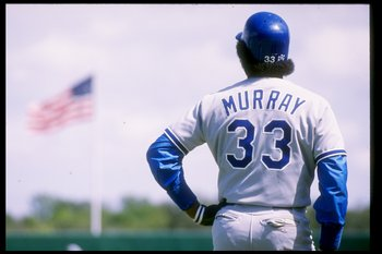 1989:  First baseman Eddie Murray of the Los Angeles Dodgers looks on during spring training. Mandatory Credit: Allen Steele  /Allsport