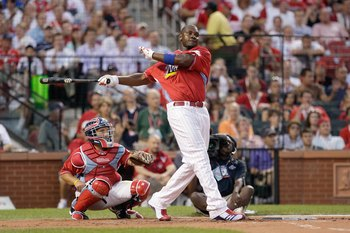 ST. LOUIS, MO - JULY 13: National League All-Star Ryan Howard of the Philadelphia Phillies competes in the State Farm Home Run Derby at Busch Stadium on July 13, 2009 in St. Louis, Missouri. (Photo by Jamie Squire/Getty Images)