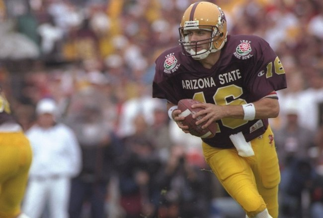 1 Jan 1997:  Quarterback Jake Plummer of the Arizona State Sun Devils moves the ball during the Rose Bowl against the Ohio State Buckeyes at the Rose Bowl in Pasadena, California.  Ohio State won the game, 20-17.  Mandatory Credit: Mike Powell  /Allsport