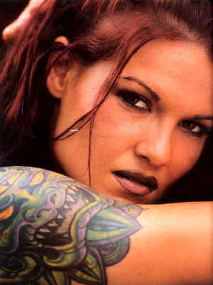 Amy-dumas-lita-tattoo-5_display_image