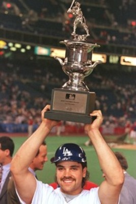 Piazza_1996_all-star_game_mvp_large_display_image