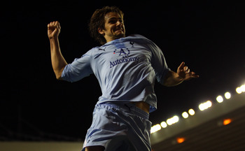 SUNDERLAND, ENGLAND - FEBRUARY 12:  Niko Kranjcar of Spurs celebrates scoring his teams second goal during the Barclays Premier League match between Sunderland and Tottenham Hotspur at the Stadium of Light on February 12, 2011 in Sunderland, England.  (Ph