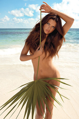 Adriana-lima-gq_display_image