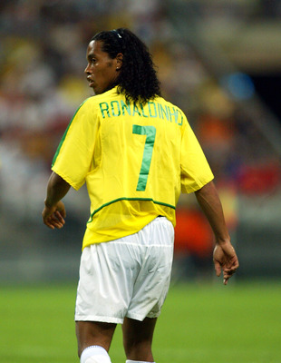 PARIS - JUNE 19:  Ronaldinho of Brazil in action during the FIFA Confederations Cup match between Brazil and Cameroon on June 19, 2003 at  Stade De France in Paris, France.  Cameroon won the match 1-0. (Photo by Phil Cole/Getty Images)
