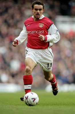 26 Feb 2000:  Marc Overmars of Arsenal on the ball against  Southampton during the FA Carling Premiership match at Highbury in London. Arsenal won 3-1. \ Mandatory Credit: Phil Cole /Allsport