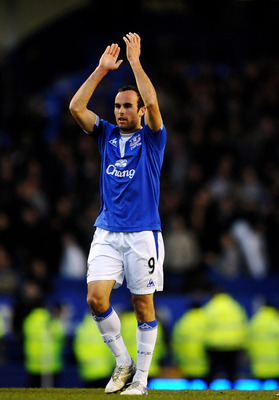 LIVERPOOL, ENGLAND - MARCH 07:  Landon Donovan of Everton applauds the fans during the Barclays Premier League match between Everton and Hull City at Goodison Park on March 7, 2010 in Liverpool, England.  (Photo by Laurence Griffiths/Getty Images)