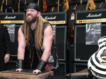 Zakk_rockwalk_display_image