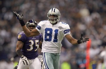 IRVING, TX - DECEMBER 20:  Terrell Owens #81 of the Dallas Cowboys reacts after a play during their NFL game against the Baltimore Ravens at Texas Stadium on December 20, 2008 in Irving, Texas. The Ravens defeated the Cowboys 33-24. (Photo by Ronald Marti