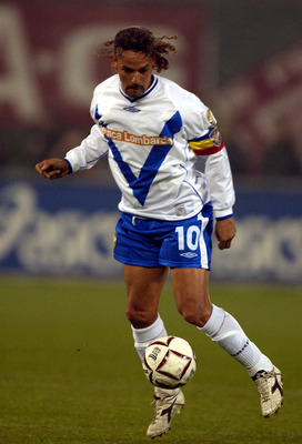 TURIN - NOVEMBER 2:  Roberto Baggio of Brescia in action during the Serie A match between Torino and Brescia, played at the Stadio Delle Alpi, Turin, Italy on November 2, 2002.  (Photo by Grazia Neri/Getty Images)