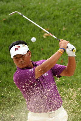 BETHESDA, MD - JUNE 14:  K.J. Choi of South Korea plays a bunker shot during a practice round prior to the start of the 111th U.S. Open at Congressional Country Club on June 14, 2011 in Bethesda, Maryland.  (Photo by Andrew Redington/Getty Images)