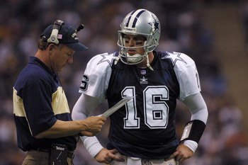 22 Nov 2001 : Quarterback Ryan Leaf #16 of the Dallas Cowboys during the game against the Denver Broncos at Texas Stadium in Irving, Texas. The Broncos won 26-24. DIGITAL IMAGE. Mandatory Credit: Ronald Martinez/Getty Images