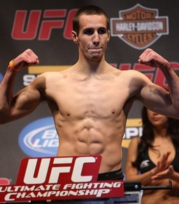 Rory-macdonald-001_display_image