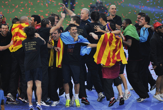 BARCELONA, SPAIN - MAY 29:  FC Barcelona players celebrate during the celebrations after winning the UEFA Champions League Final against Manchester United at Camp Nou Stadium on May 29, 2011 in Barcelona, Spain.  (Photo by David Ramos/Getty Images)