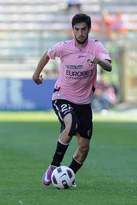 PARMA, ITALY - MAY 01:  Javier Matias Pastore of US Citta di Palermo is in action during the Serie A match between Parma FC and US Citta di Palermo at Stadio Ennio Tardini on May 1, 2011 in Parma, Italy.  (Photo by Valerio Pennicino/Getty Images)