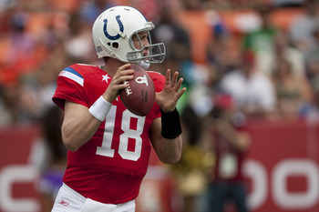 HONOLULU - JANUARY 30:  Peyton Manning, #18 of the Indianapolis Colts, passes against the NFC team during the 2011 NFL Pro Bowl at Aloha Stadium on January 30, 2011 in Honolulu, Hawaii.  (Photo by Kent Nishimura/Getty Images)