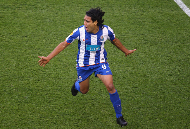 DUBLIN, IRELAND - MAY 18:  Radamel Falcao Garcia of FC Porto celebrates scoring the opening goal during the UEFA Europa League Final between FC Porto and SC Braga at Dublin Arena on May 18, 2011 in Dublin, Ireland.  (Photo by Julian Finney/Getty Images)