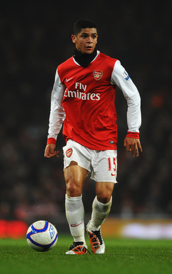 LONDON, UNITED KINGDOM - MARCH 02:  Denilson of Arsenal runs with the ball during the FA Cup sponsored by E.ON 5th Round Replay match between between Arsenal and Leyton Orient at the Emirates Stadium on March 2, 2011 in London, England.  (Photo by Laurenc