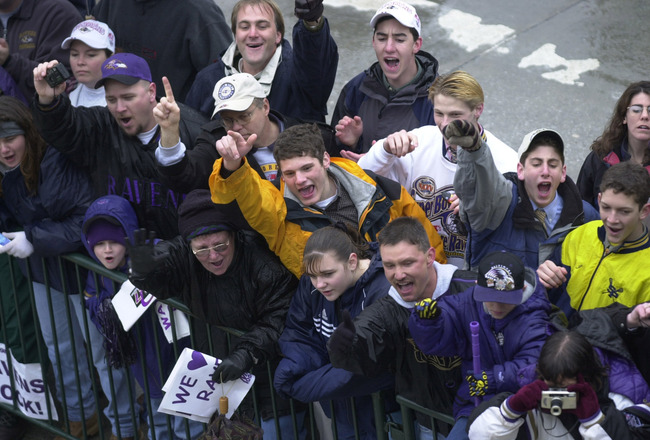 30 Jan 2001:  Fans of the Super Bowl XXXV champion Baltimore Ravens turn out to greet their team during the victory parade in downtown Baltimore, Maryland. Digital File Mandatory Credit: Doug Pensinger/ALLSPORT