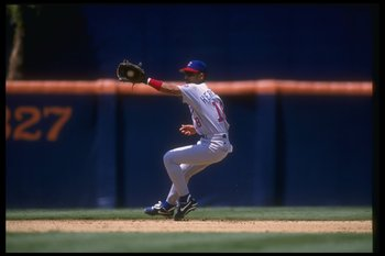 21 Jun 1995: Outfielder Jose Hernandez of the Chicago Cubs catches a fly ball during a game against the San Diego Padres at Jack Murphy Stadium in San Diego, California. The Padres won the game, 1-0.