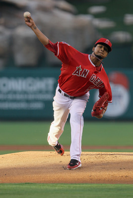 ANAHEIM, CA - JUNE 27:  Ervin Santana #54 of the Los Angeles Angels of Anaheim pitches against the Washington Nationals at Angel Stadium of Anaheim on June 27, 2011 in Anaheim, California.  (Photo by Jeff Gross/Getty Images)