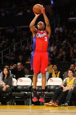 LOS ANGELES, CA - JANUARY 15:  Sebastian Telfair #3 of the Los Angeles Clippers shoots against the Los Angeles Lakers during the game on January 15, 2010 at Staples Center in Los Angeles, California. The Lakers won 126-86. NOTE TO USER: User expressly ack