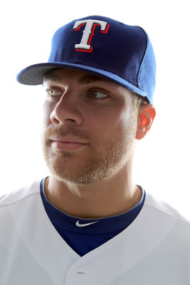 Might Chris Davis be casting his gaze towards Minnesota?