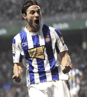 Osvaldo-celebra-primer-equipo-san-mames_display_image