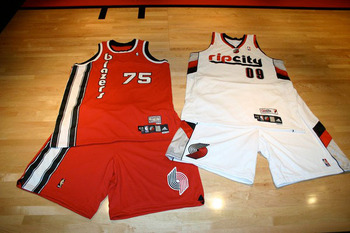 Portland_trail_blazer_jersey_display_image
