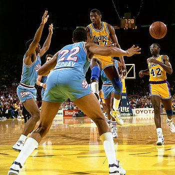 "Magic Johnson perfected the ""no-look pass"""