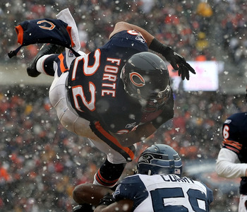 CHICAGO, IL - JANUARY 16:  Running back Matt Forte #22 of the Chicago Bears attempts to jump into the endzone but is stopped short in the second quarter against the Seattle Seahawks in the 2011 NFC divisional playoff game at Soldier Field on January 16, 2