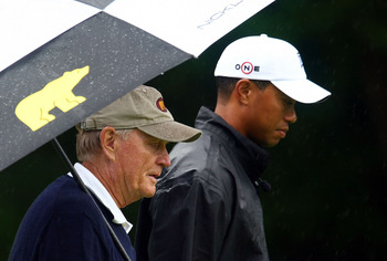 DUBLIN, OH - JUNE 03:  Jack Nicklaus and Tiger Woods walk up a fairway during a skins game prior to the start of the Memorial Tournament at the Muirfield Village Golf Club on June 3, 2009 in Dublin, Ohio.  (Photo by Scott Halleran/Getty Images)