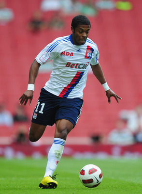 LONDON, ENGLAND - AUGUST 01:  Michel Bastos of Lyon in action during the Emirates Cup match between AC Milan and Lyon at Emirates Stadium on August 1, 2010 in London, England.  (Photo by Mike Hewitt/Getty Images)