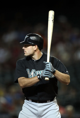 PHOENIX, AZ - JUNE 01:  Greg Dobbs #29 of the Florida Marlins bats against the Arizona Diamondbacks during the Major League Baseball game at Chase Field on June 1, 2011 in Phoenix, Arizona.  (Photo by Christian Petersen/Getty Images)