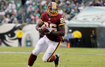 PHILADELPHIA - OCTOBER 03:  Clinton Portis #26 of the Washington Redskins runs the ball against the Philadelphia Eagles on October 3, 2010 at Lincoln Financial Field in Philadelphia, Pennsylvania.  (Photo by Jim McIsaac/Getty Images)