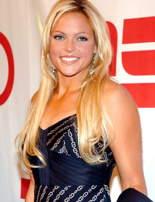 Jennie-finch-picture-2_display_image
