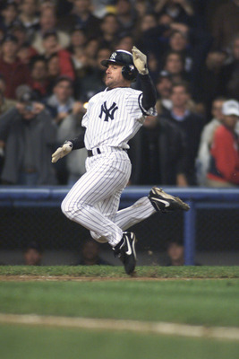 1 Nov 2001:  Chuck Knoblauch #11 of the New York Yankees scores the winning run in game five of the 2001 World Series versus the Arizona Diamondbacks at Yankee Stadium in New York, New York   The Yankees won 3-2. DIGITAL IMAGE  Mandatory Credit:   Jed Jac