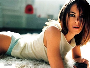 Elizabeth_hurley1_display_image