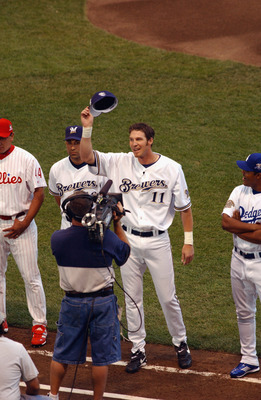 MILWAUKEE, WI - JULY 9:  National League All Star Richie Sexson #11 of the Milwaukee Brewers acknowledges the crowd during introductions before the MLB All Star Game July 9, 2002 at Miller Park in Milwaukee, Wisconsin. The game ended in a 7-7 tie. (Photo