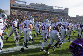 BOULDER, CO - NOVEMBER 20:  The Kansas State Wildcats take the field to face the Colorado Buffaloes at Folsom Field on November 20, 2010 in Boulder, Colorado. Colorado defeated Kansas State 44-36.  (Photo by Doug Pensinger/Getty Images)