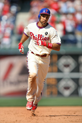 PHILADELPHIA - JULY 10: Left fielder Raul Ibanez #29 of the Philadelphia Phillies jogs around the bases after hitting a three-run home run during a game against the Atlanta Braves at Citizens Bank Park on July 10, 2011 in Philadelphia, Pennsylvania. The P
