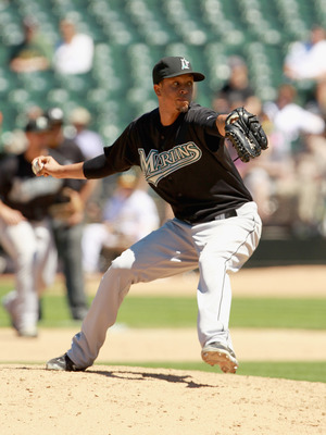 OAKLAND, CA - JUNE 30:  Leo Nunez #46 of the Florida Marlins pitches against the Oakland Athletics at Oakland-Alameda County Coliseum on June 30, 2011 in Oakland, California.  (Photo by Ezra Shaw/Getty Images)