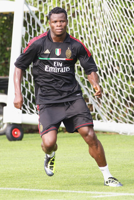 SOLBIATE ARNO, ITALY - JULY 12:  AC Milan defender Taye Taiwo in action during a training session at Milanello on July 12, 2011 in Solbiate Arno, Italy.  (Photo by Vittorio Zunino Celotto/Getty Images)