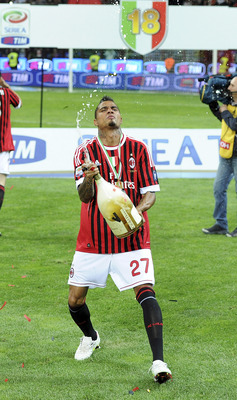 MILAN, ITALY - MAY 14:  Kevin-Prince Boateng of Milan celebrates winning the Italian Serie A championship after the Serie A match between AC Milan and Cagliari Calcio at Stadio Giuseppe Meazza on May 14, 2011 in Milan, Italy.  (Photo by Dino Panato/Getty