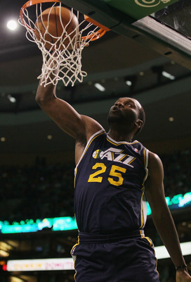 BOSTON, MA - JANUARY 21:  Al Jefferson #25 of the Utah Jazz dunks the ball in the first quarter against the Boston Celtics  on January 21, 2011 at the TD Garden in Boston, Massachusetts.  NOTE TO USER: User expressly acknowledges and agrees that, by downl
