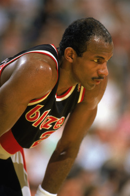 1989:  Clyde Drexler #22 of the Portland Trail Blazers rests during the 1988-1989 NBA season game.  (Photo by Stephen Dunn/Getty Images)