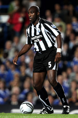 LONDON, ENGLAND - SEPTEMBER 22:  Sol Campbell of Newcastle controls the ball during the Carling Cup third round match between Chelsea and Newcastle United at Stamford Bridge on September 22, 2010 in London, England.  (Photo by Ian Walton/Getty Images)