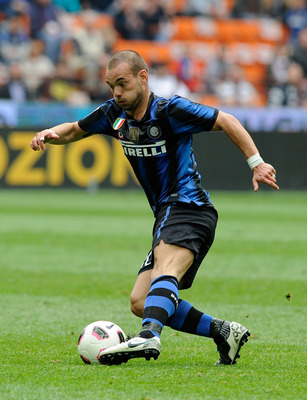 MILAN, ITALY - APRIL 23:  Wesley Sneijder of FC Inter Milan during the Serie A match between FC Internazionale Milano and SS Lazio at Stadio Giuseppe Meazza on April 23, 2011 in Milan, Italy.  (Photo by Claudio Villa/Getty Images)